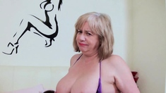 OldNannY Auntie Trisha Lesbian Pussy Licking