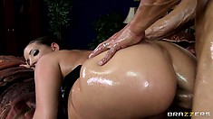 He pumps her butt from behind and she goes ass to mouth, showing ass