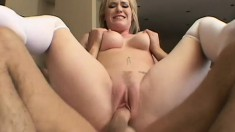 Smoking hot blonde with a gigantic ass gets down to play hard
