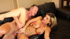 Cum-drinking Kristal spreads her legs to get fucked outdoors