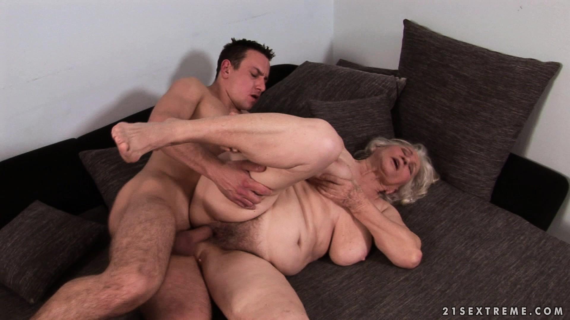 Free Mobile Porn & Sex Videos & Sex Movies - Big Saggy Tit ...