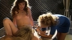 Lesbian Group Sex Assplay Strapon Action