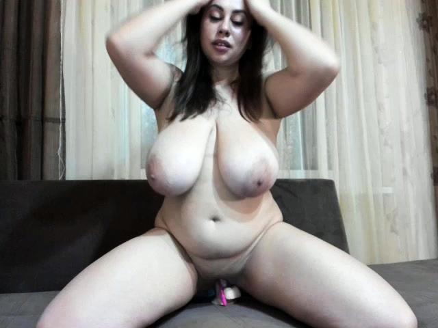 Jennybigboobs