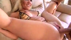 Big Boobs Amateur Babe Sucks A Big Cock