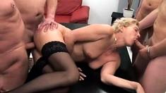 Mia Bangg Double Penetration Group Sex